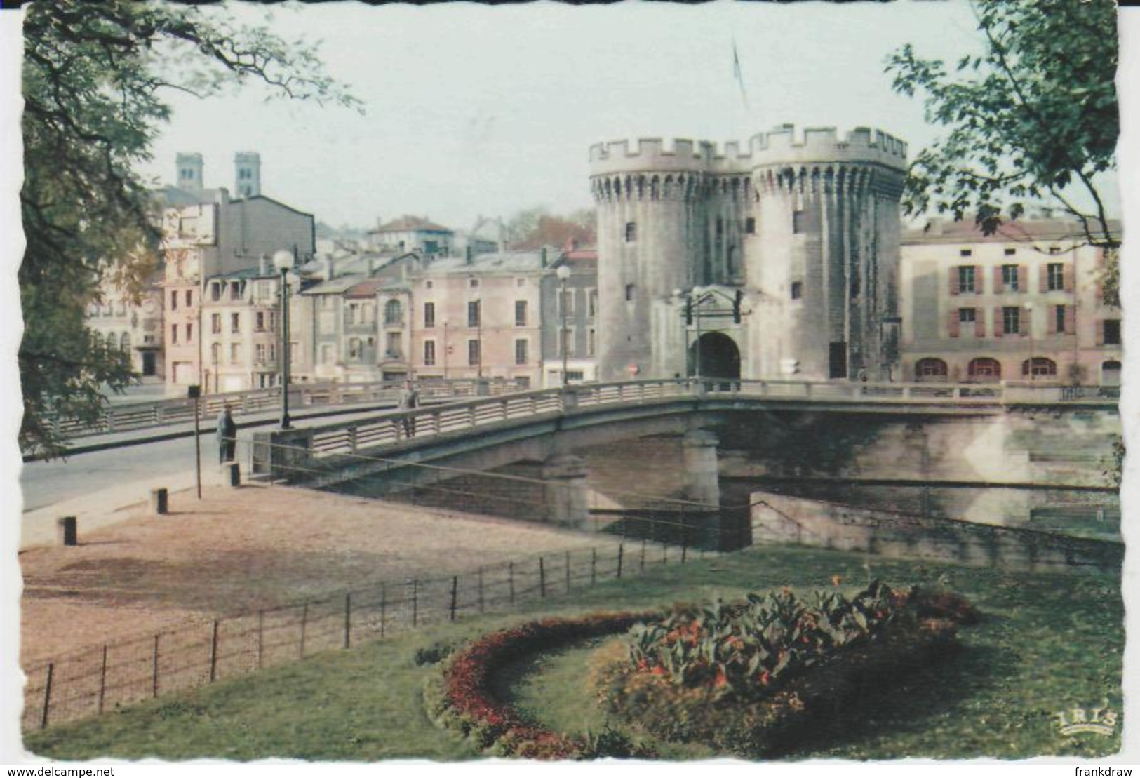 Postcard - Verdun - Chausee Bridge And Gate - No Card No  - Unused Very Good - Postcards