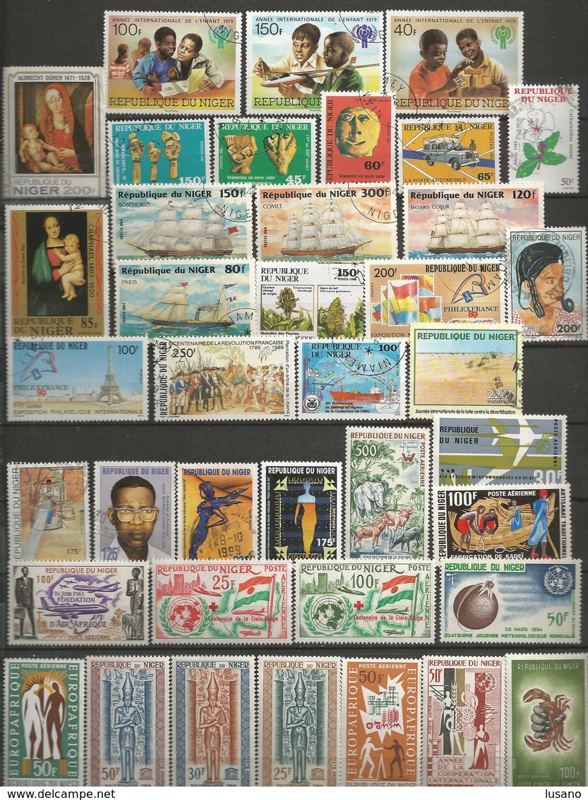 Afrique - 900 Timbres Neufs Ou Oblitérés : Bénin, Burkina Faso, Etc... Voir Description - Timbres