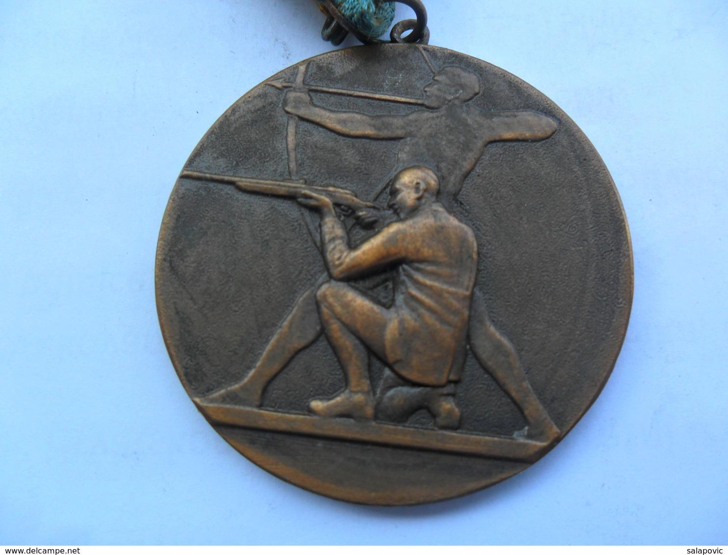 MEDAL  Archery  KUT - Tiro Al Arco