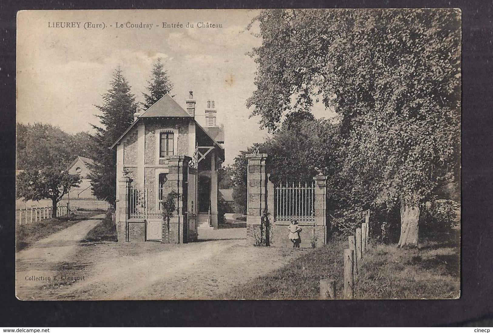 CPA 27 - LIEUREY - LE COUDRAY - Entrée Du Château - TB PLAN Avec Petite ANIMATION - Francia