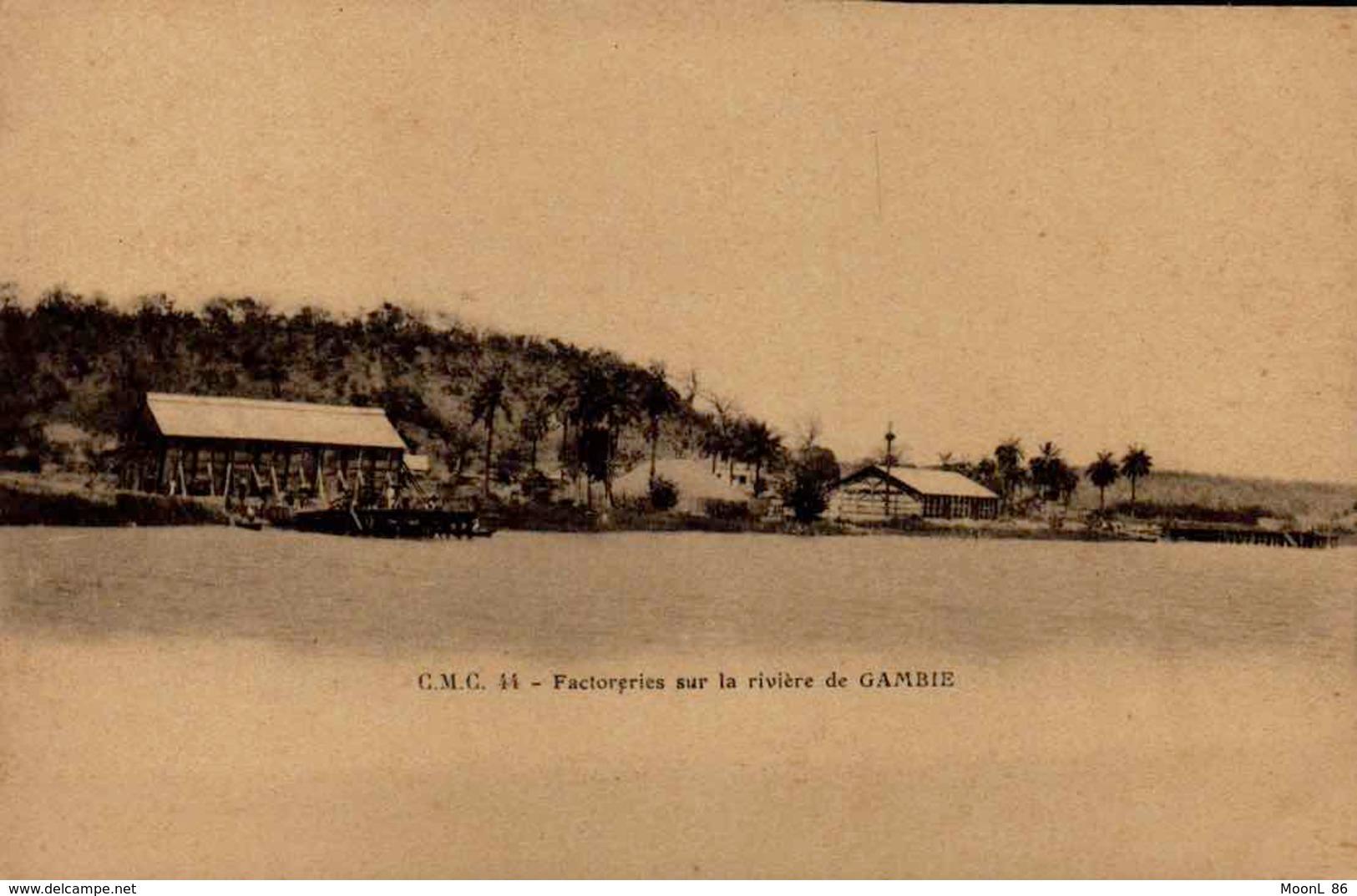 GAMBIE - Ancienne AFRIQUE OCCIDENTALE - BATHURST _ USINE FACTORERIES SUR LA RIVIERE - Gambie
