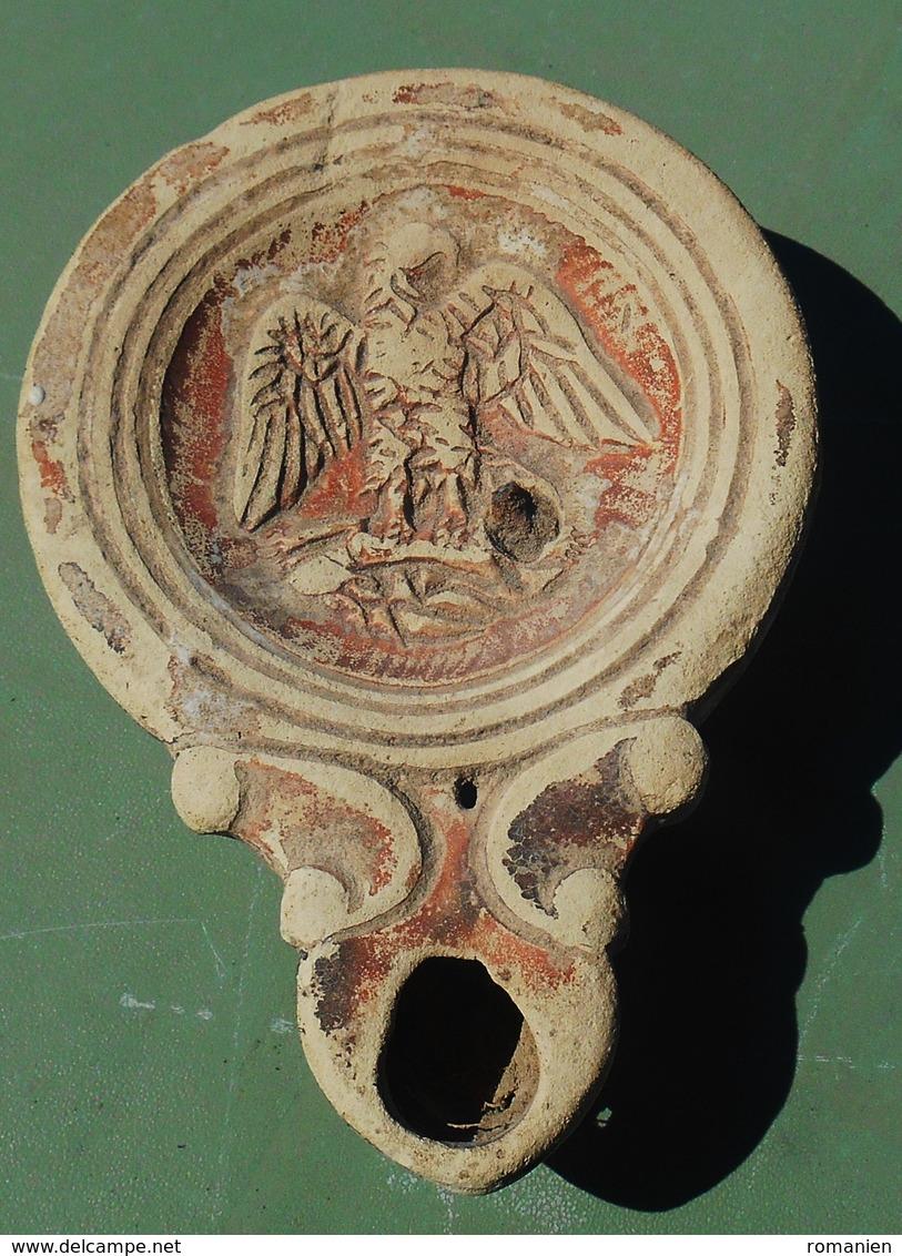 LAMPE ROMAINE A VOLUTES  DU 1er Siècle - Archéologie