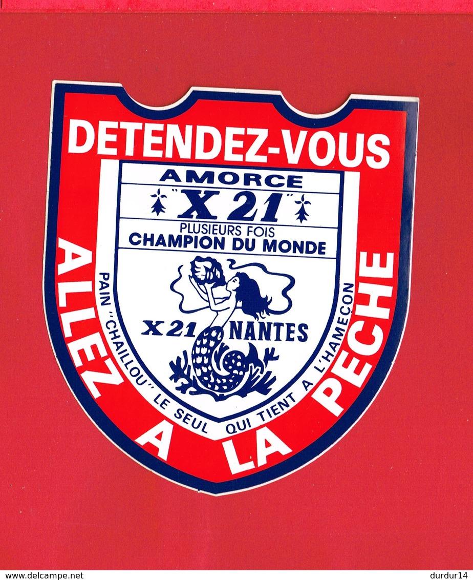 1 Autocollant Pêche AMORCE X 21 Plusieurs Fois Champion Du Monde NANTES - Autocollants