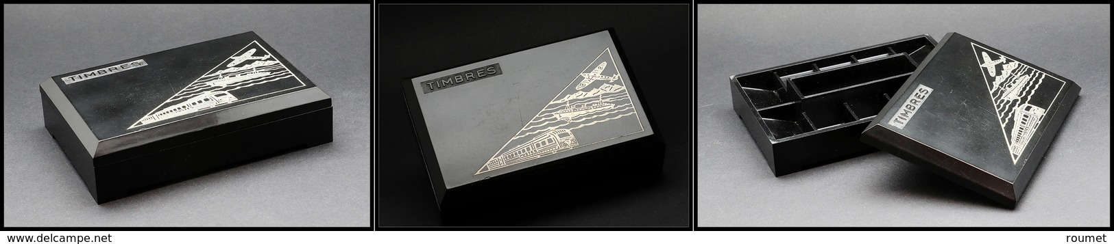 """Boîte Publicitaire En Bakelite, """"Laboratoire Du Dr Zizine"""", Couvercle Marqué """"Timbres"""" Avec Avion, Bateau Et Train, 10 C - Boites A Timbres"""