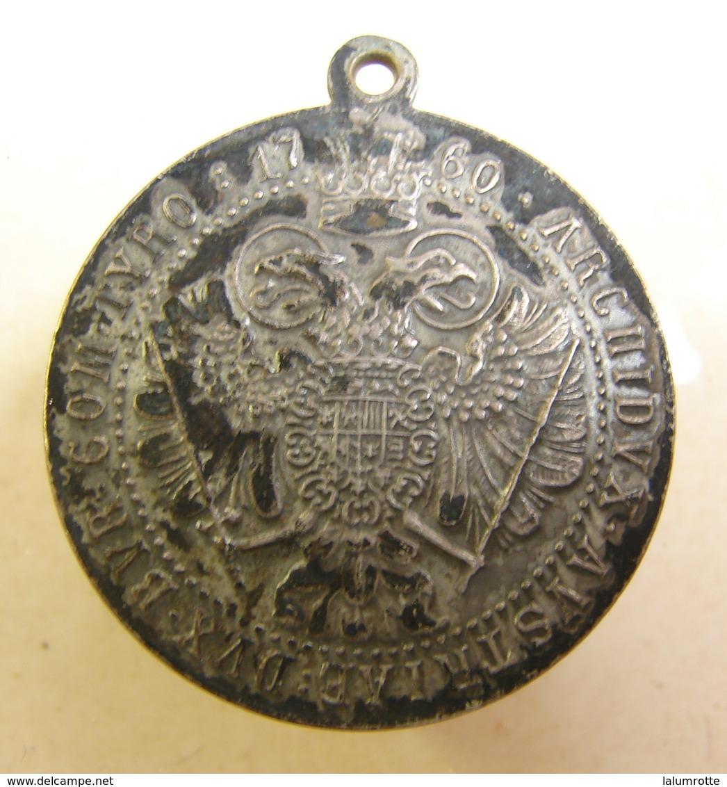 Méd. 19. Médaille De Marie Thérèse - Royaux / De Noblesse