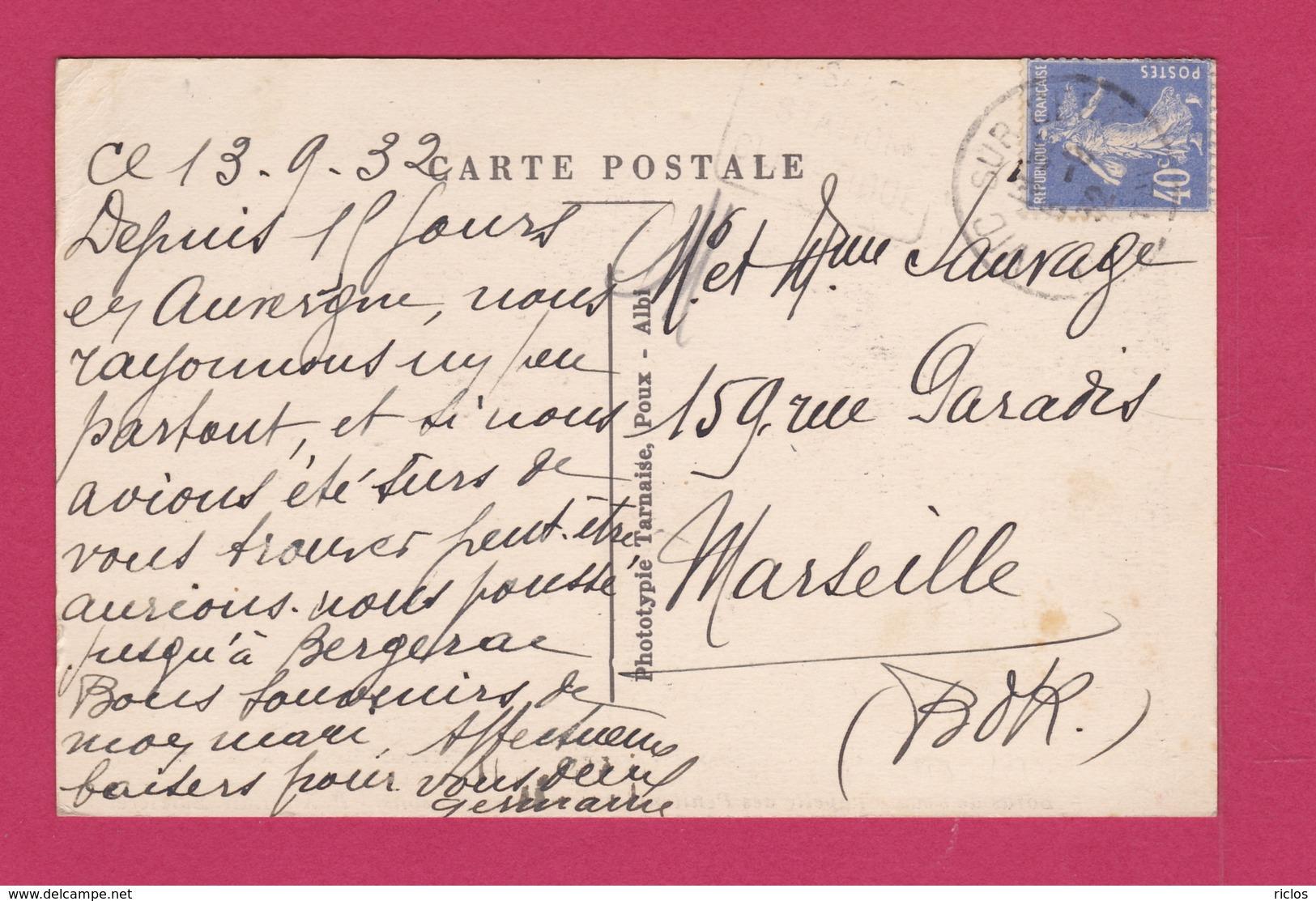 19 - BEAULIEU SUR DORDOGNE - Chapelle Des Pénitents Avec Vieilles Maisons - France