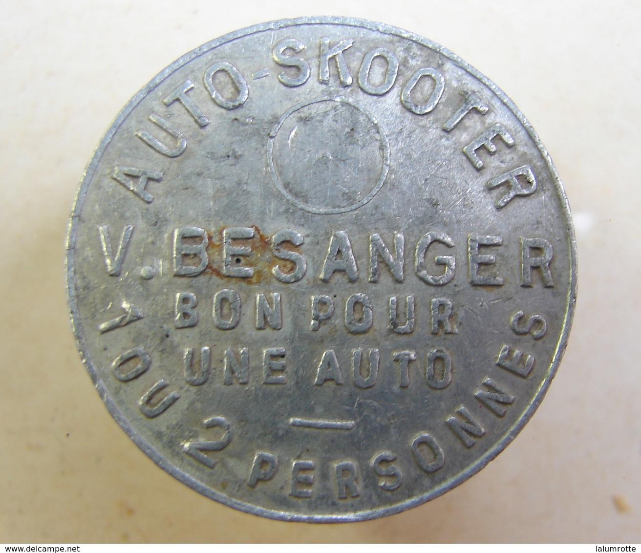 Jeton. 10. Auto-Skooter. V. Besanger. En Aluminium - Professionnels / De Société