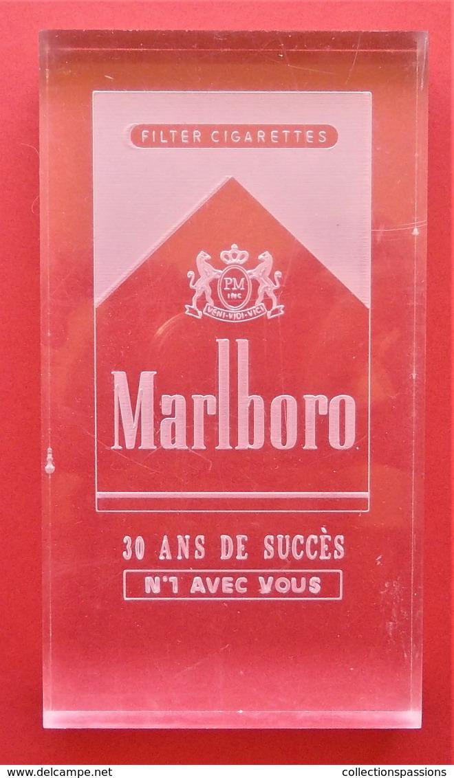 Objet Publicitaire. Marlboro - Objets Publicitaires