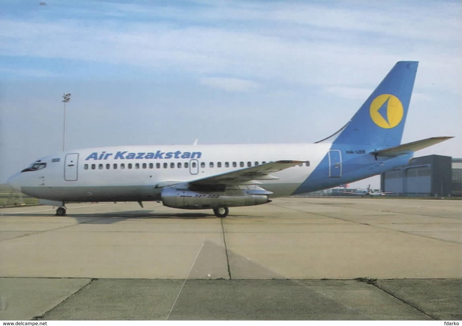 AIR Kazakstan B.737-2M8 HA-LEB - 1946-....: Era Moderna