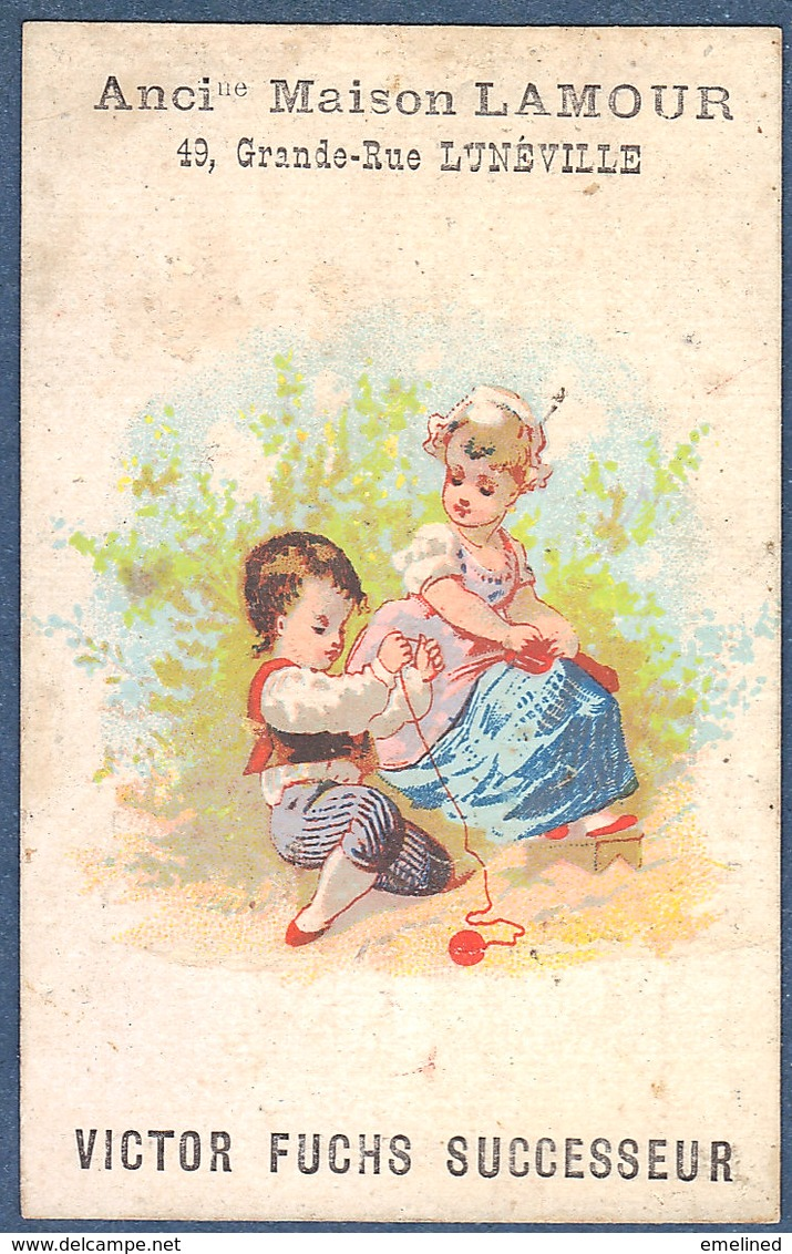 Chromo  Maison Lamour Victor Fuchs Lunéville Salon Coiffure Postiche Femme Et Enfant Tricot Pelote Laine - Chromos