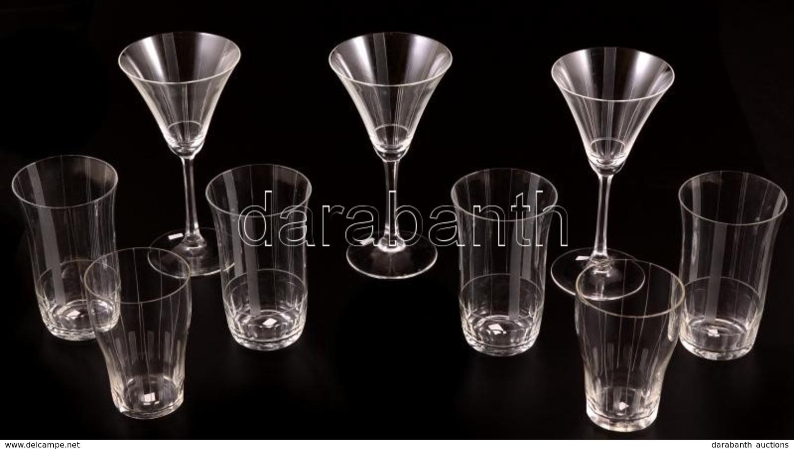 Vizes és Talpas Poharak, összesen: 9 Db, Egyik Vizesen Apró Csorba, M:12 és 16 Cm - Glass & Crystal