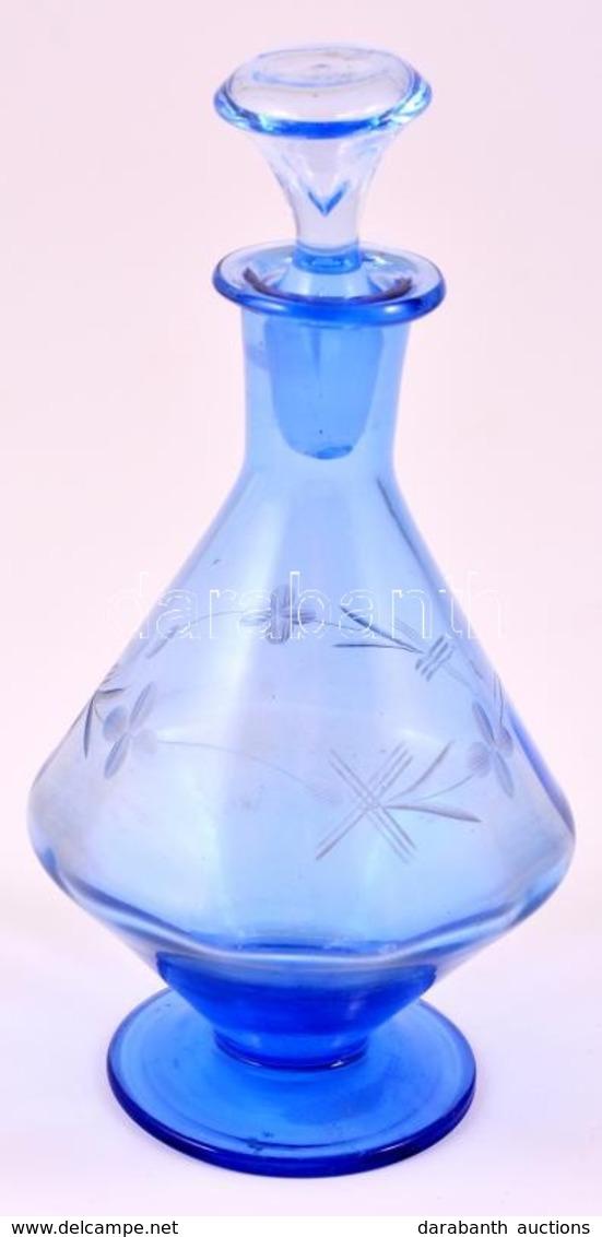 Halványkék üveg Kiöntő, Kopásnyomokkal, A Dugón Csorbával - Glass & Crystal