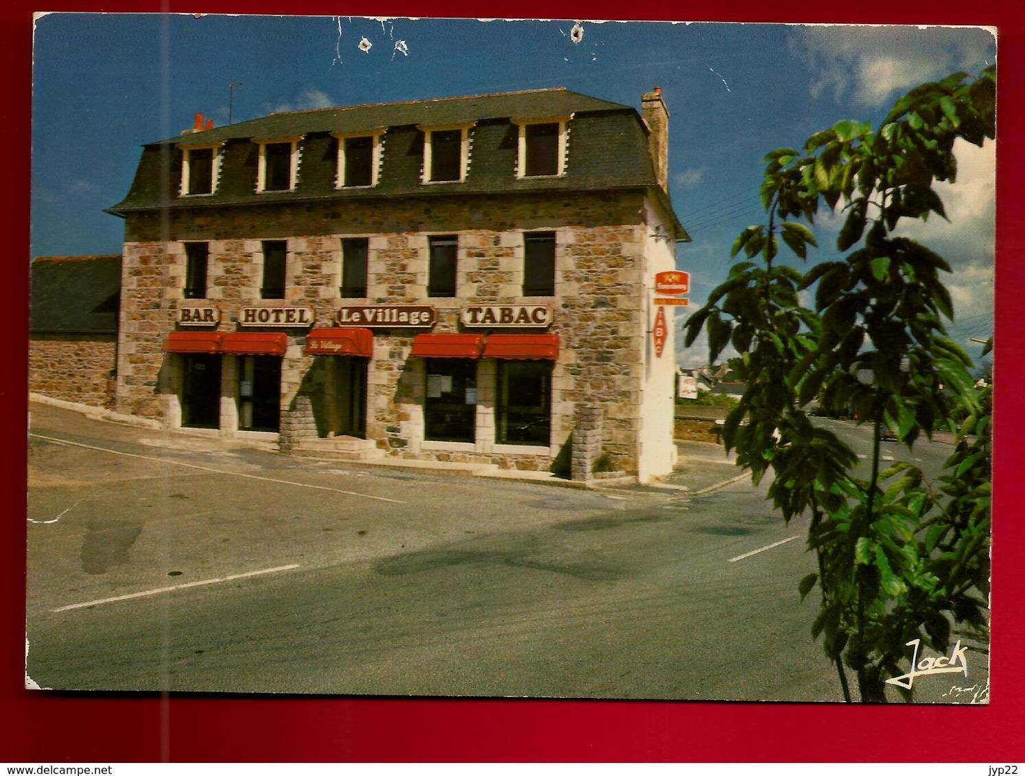 CP 22 Louannec Hôtel Le Village Mr & Mme Talguen - Côte De Granit Rose Bretagne - France