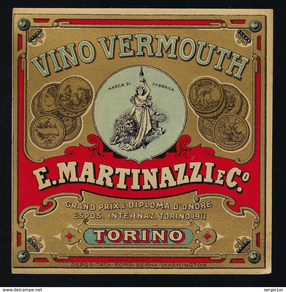Ancienne étiquete  Vino  Vermouth E Martinazzi & Cie   Torino  étiquette  Vers 1911 - Etiquettes