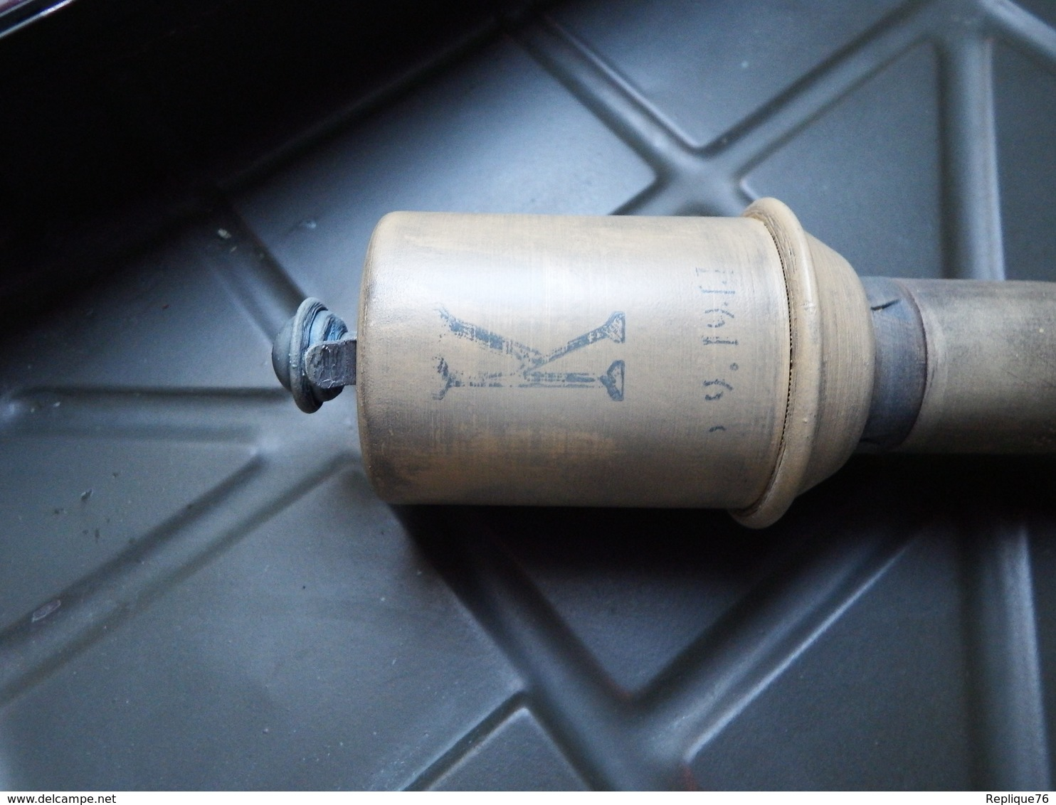 Réplique/reproduction Grenade Stielhandgranate 43 WW2 échelle 1:1 - 1939-45