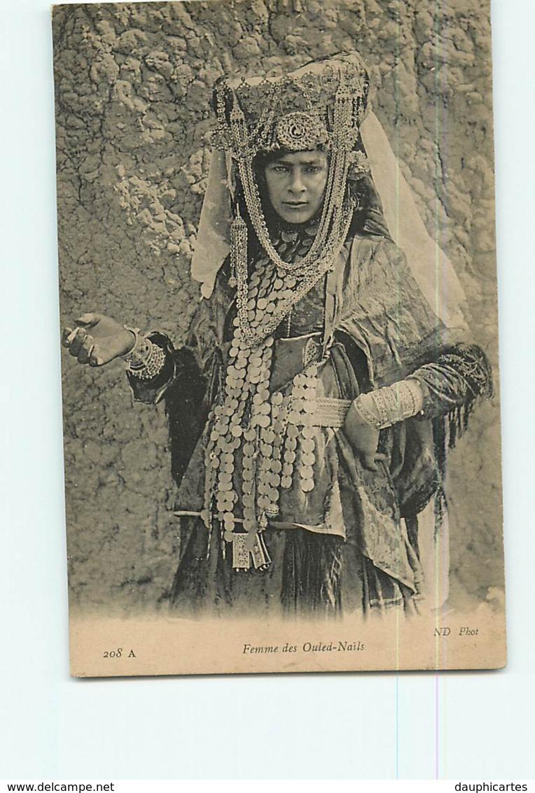 Femmes Des OULED NAILS - Superbe Costume Traditionnel - 2 Scans - Women
