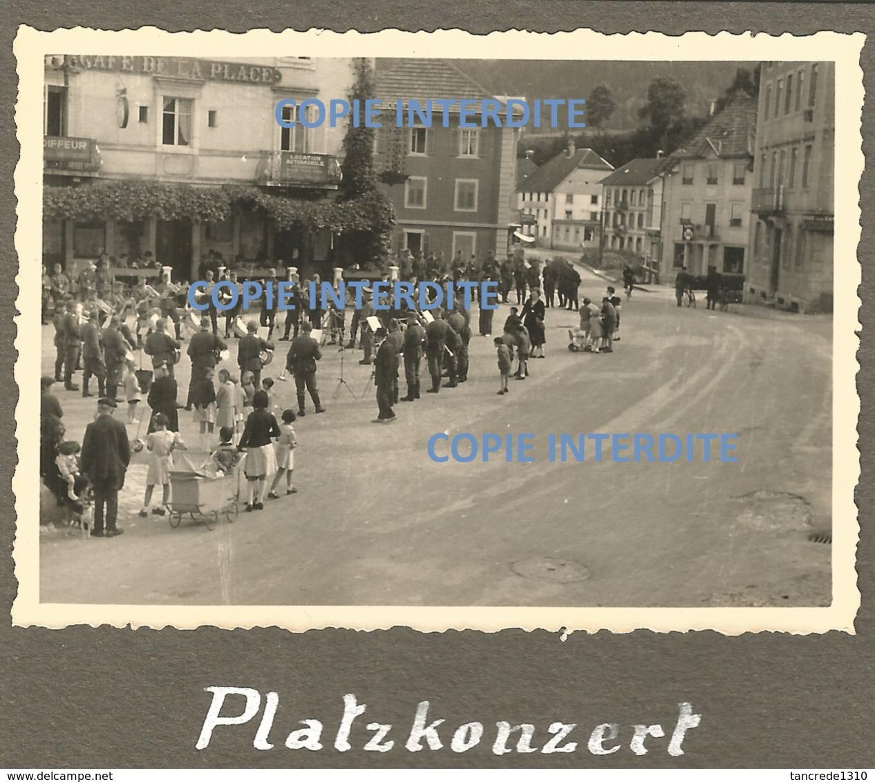 WW2 TOP PHOTO ORIGINALE Soldats Allemands Fanfare à VILLERS LE LAC Près Morteau Pontarlier 25 DOUBS Frontière Suisse - 1939-45