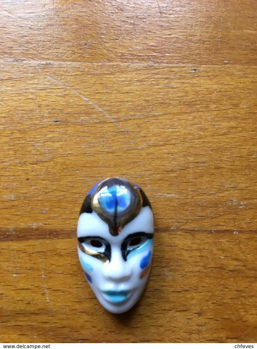 Fève Masque N°3 - Personnages