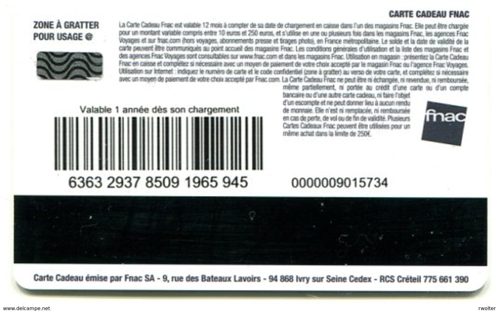 @+ Carte Cadeau - Gift Card : FNAC; TINTIN AU PAYS DES SOVIETS. - France