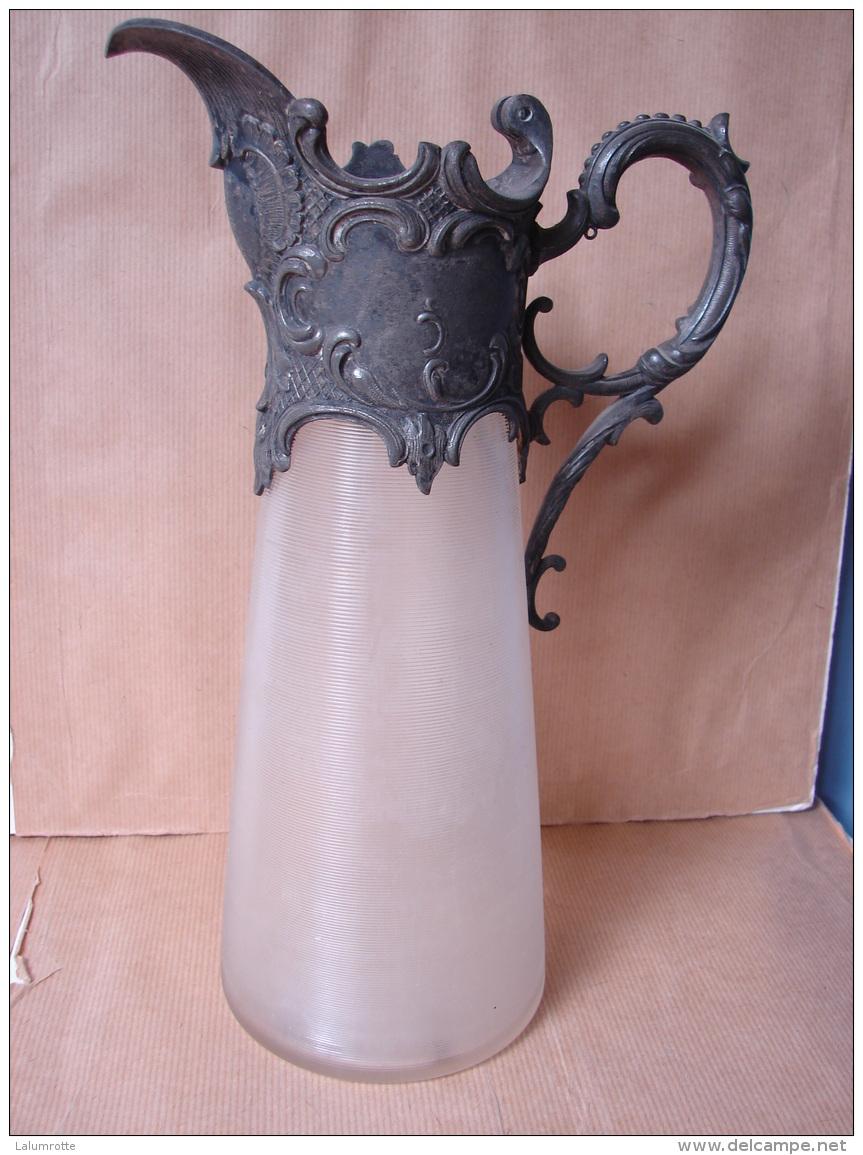 PaDe.3. Aiguière Art Nouveau En Verre Et étain Ou Métal Argenté. - Glass & Crystal