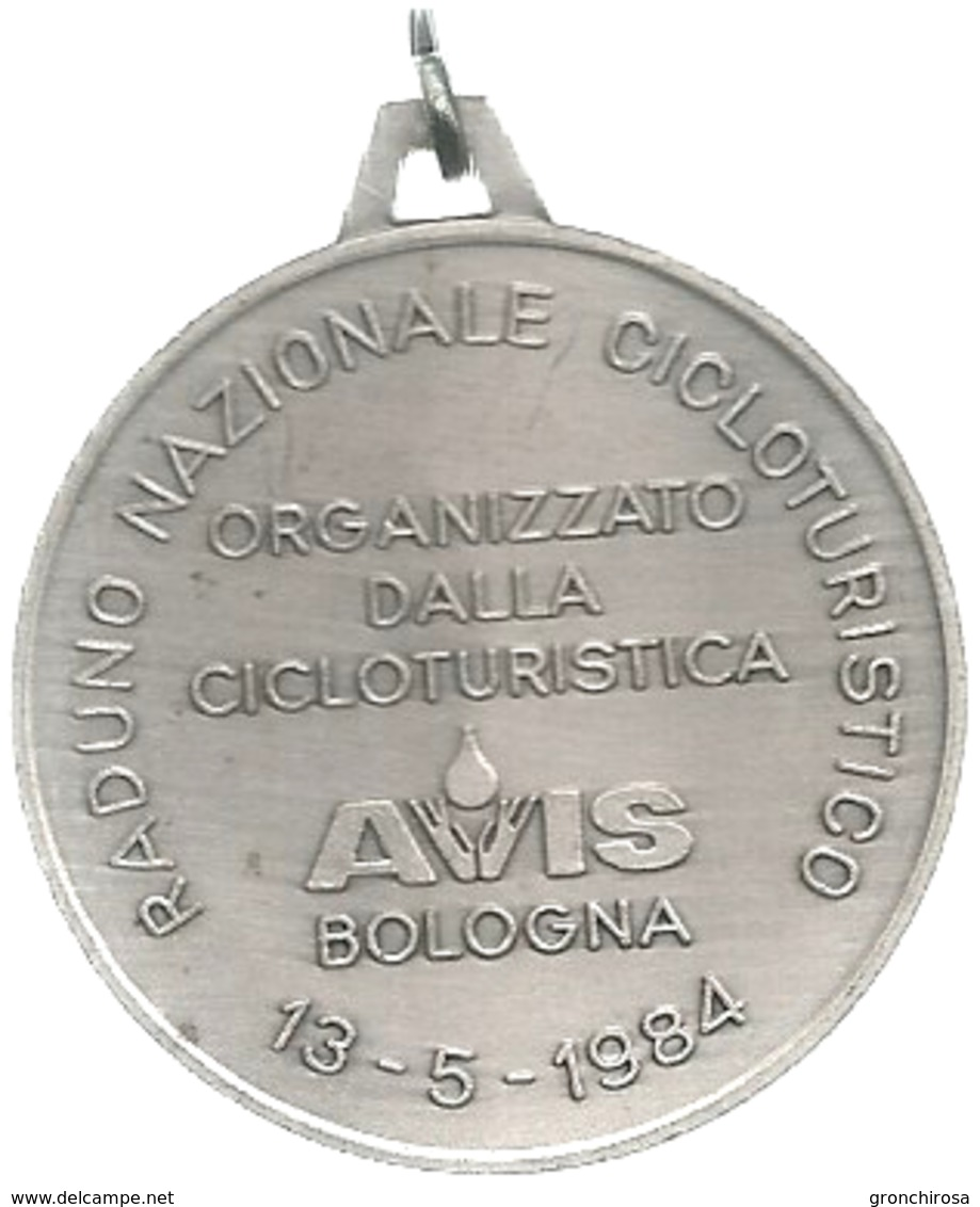Bologna 1939 - 1984 Quarantacinquesimo AVIS, Raduno Nazionale Cicloturistico, Mist. Dorata E Smaltata Gr. 19, Cm. 3,9. - Altri