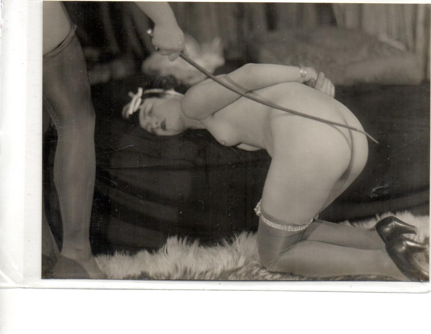 Carte Photo Coquine Et Grivoise - Beauté Féminine D'autrefois (1941-1960)