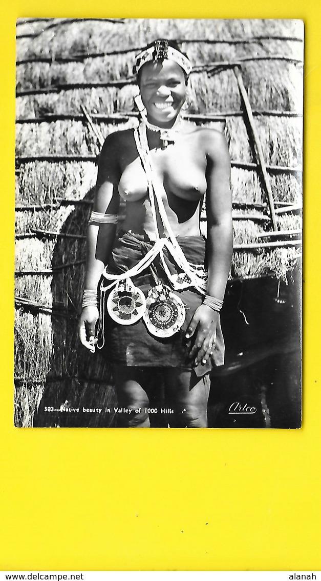 Jeune Fille Aux Seins Nus D'Afrique Du Sud (Artco) - Afrique Du Sud, Est, Ouest