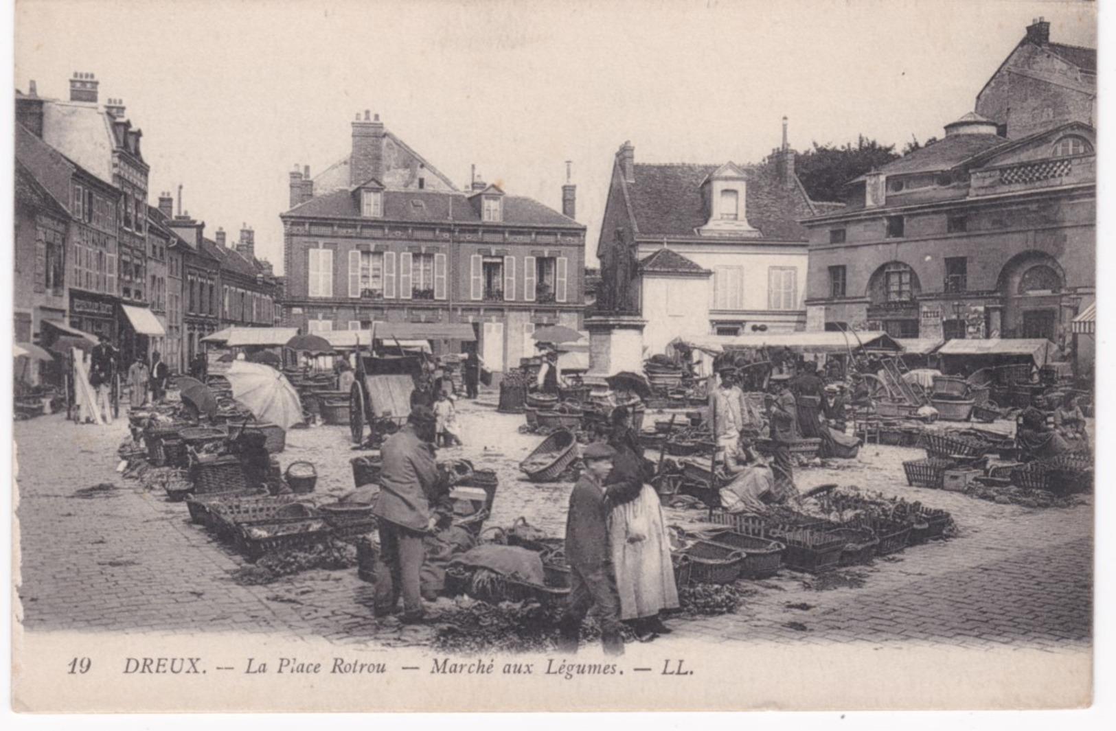 28 Eure Et Loir -  DREUX -  La Place Rotrou - Marché Aux Légumes - 1917 - Marchés