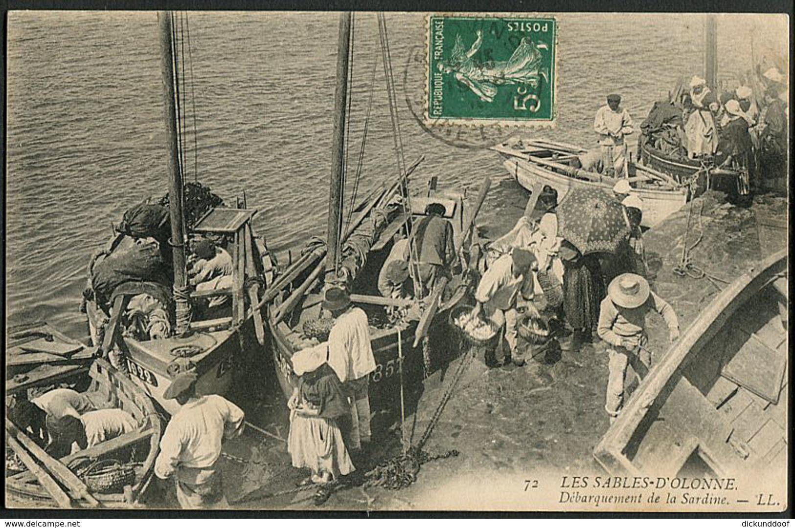 CP 85 Les Sables D'Olonne - Débarquement De La Sardine 1910 - Sables D'Olonne
