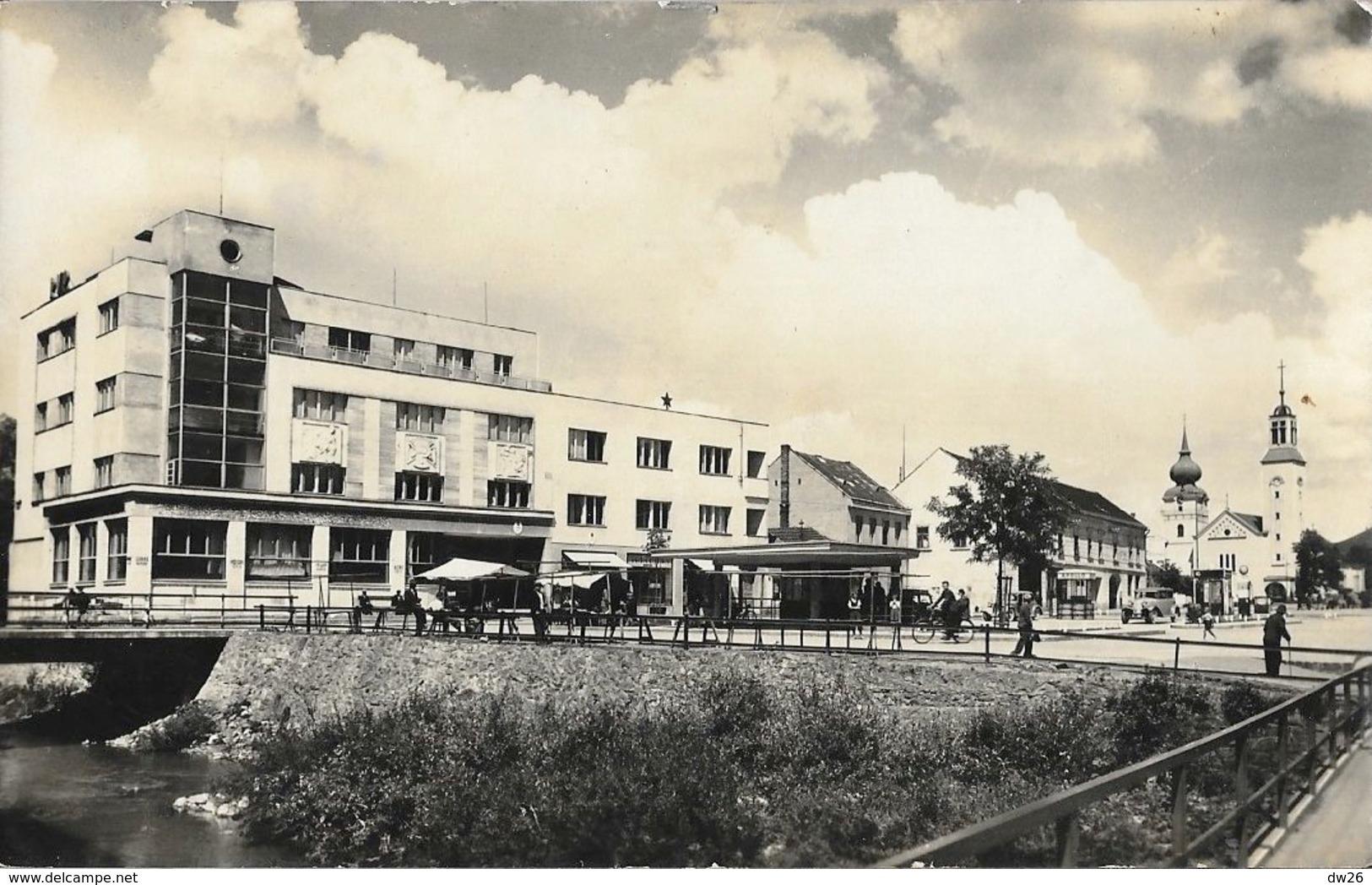Povazska Bystrica (Slovaquie) - Namestie - Carte Tatran N° 6-4 H - Slovaquie