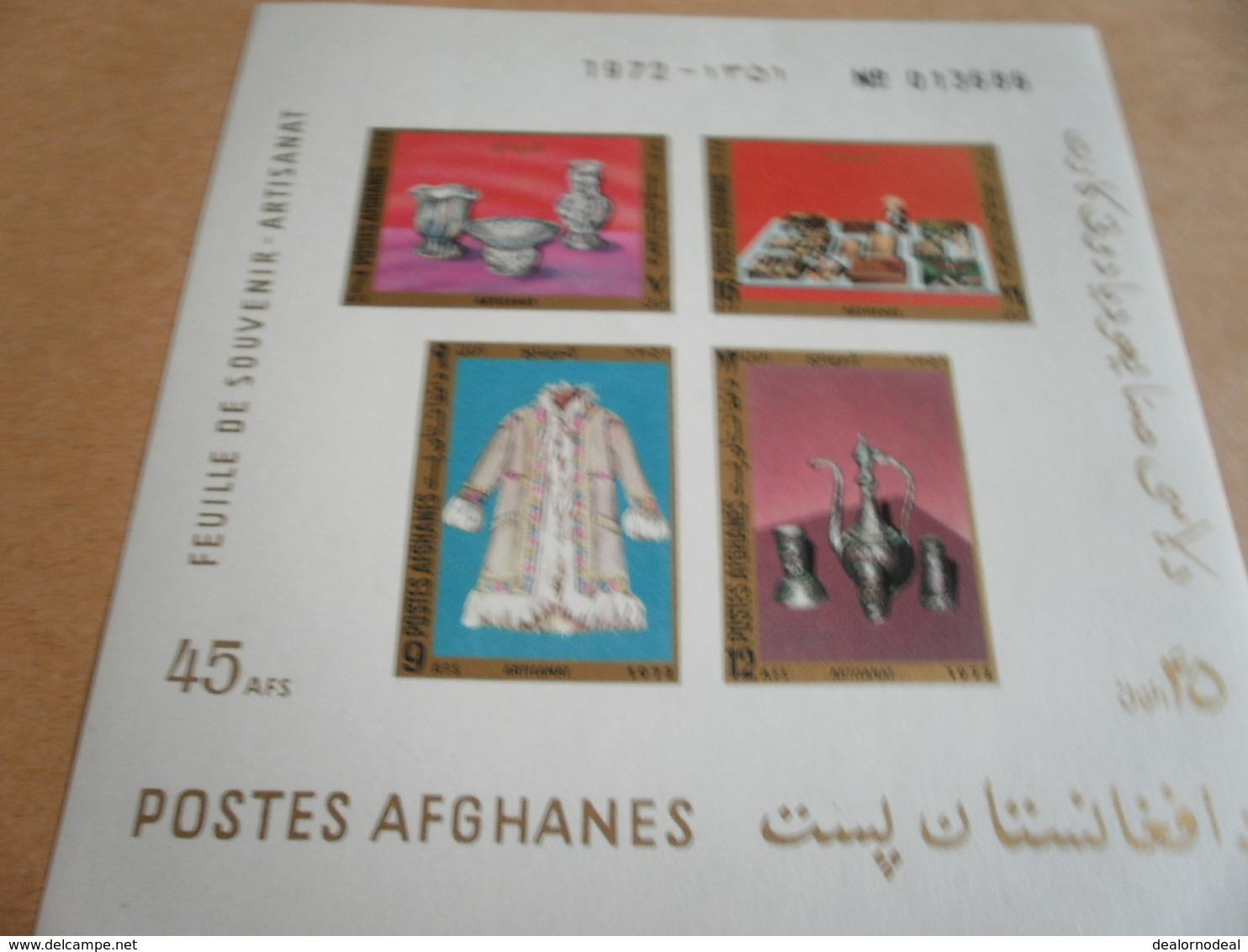 Miniature Sheet Belize 1972 Textiles And Handicrafts - Afghanistan