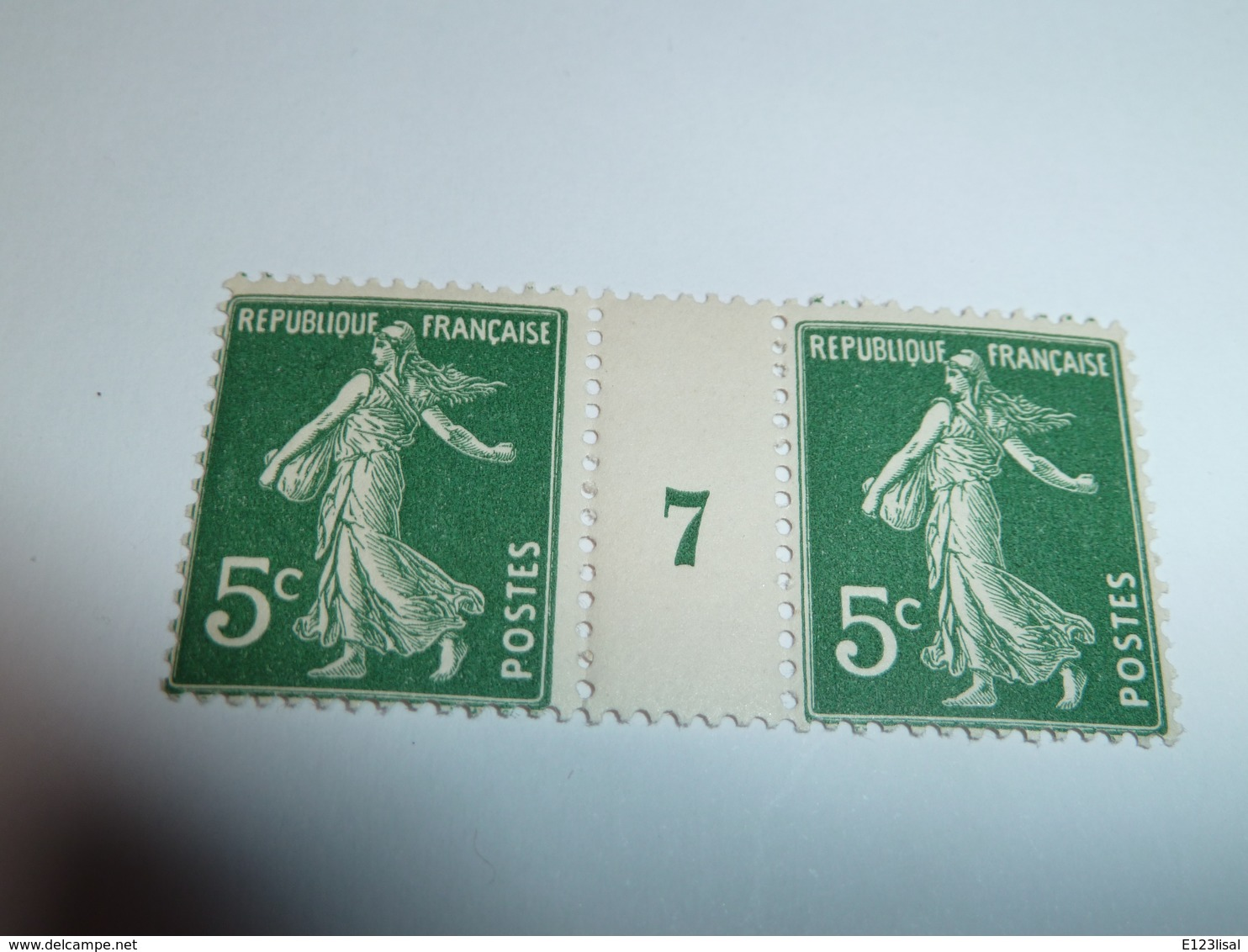 Millésime SEMEUSE CAMEE ; 5c   Vert Foncé YT N° 137  Millésime 7 - 1906-38 Semeuse Camée