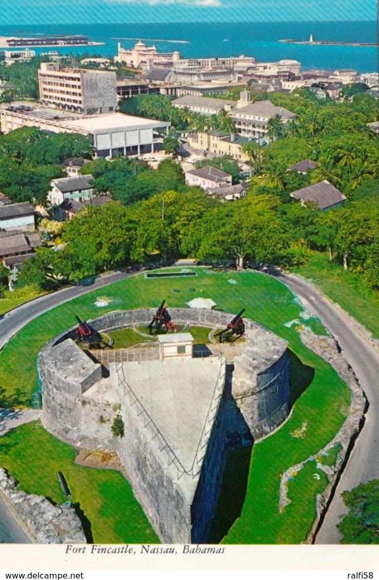 1 AK Bahamas * Blick Auf Das Fort Fincastle (erbaut 1793) Und Auf Nassau - Luftbildaufnahme * - Bahamas