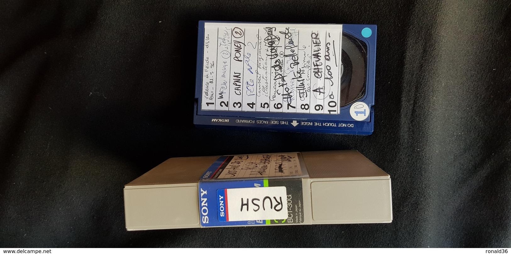 Cassette Pro Bleu Sony BCT 30G 222m/728 Ft Bande De Télédiffusion BELLEGARDE 23 CREUSE 100 ANS D Adrienne RUSH CHEVALIER - Cassettes Beta