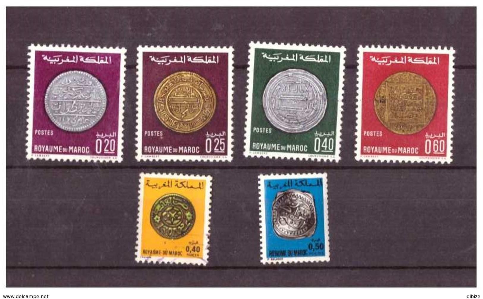 Maroc. 26 Timbres Tous Différents. Diverses Années. Anciennes Monnaies. 3 Oblitérés. - Münzen