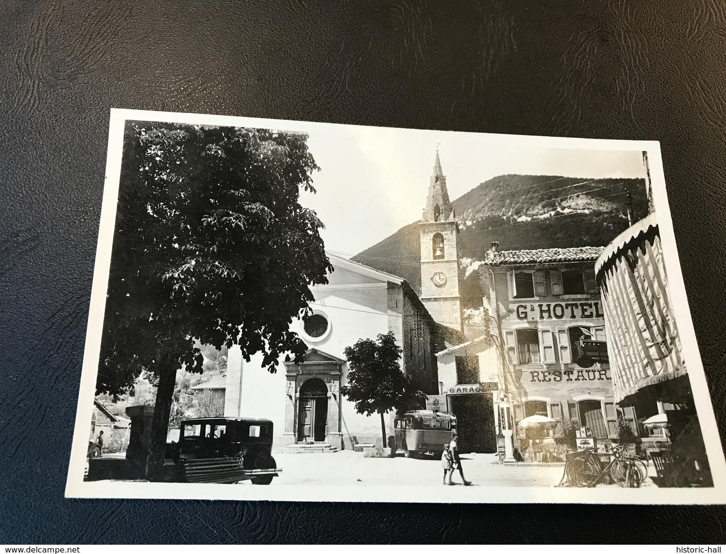 9 - SAINT ANDRE LES ALPES Place De L'Eglise - 1947 - Autres Communes