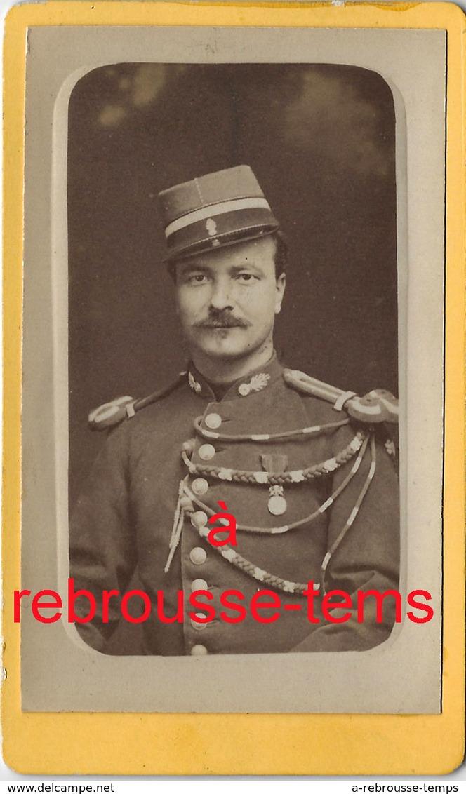 CDV Militaire Médaillé Grenades Sur Col - Guerre, Militaire
