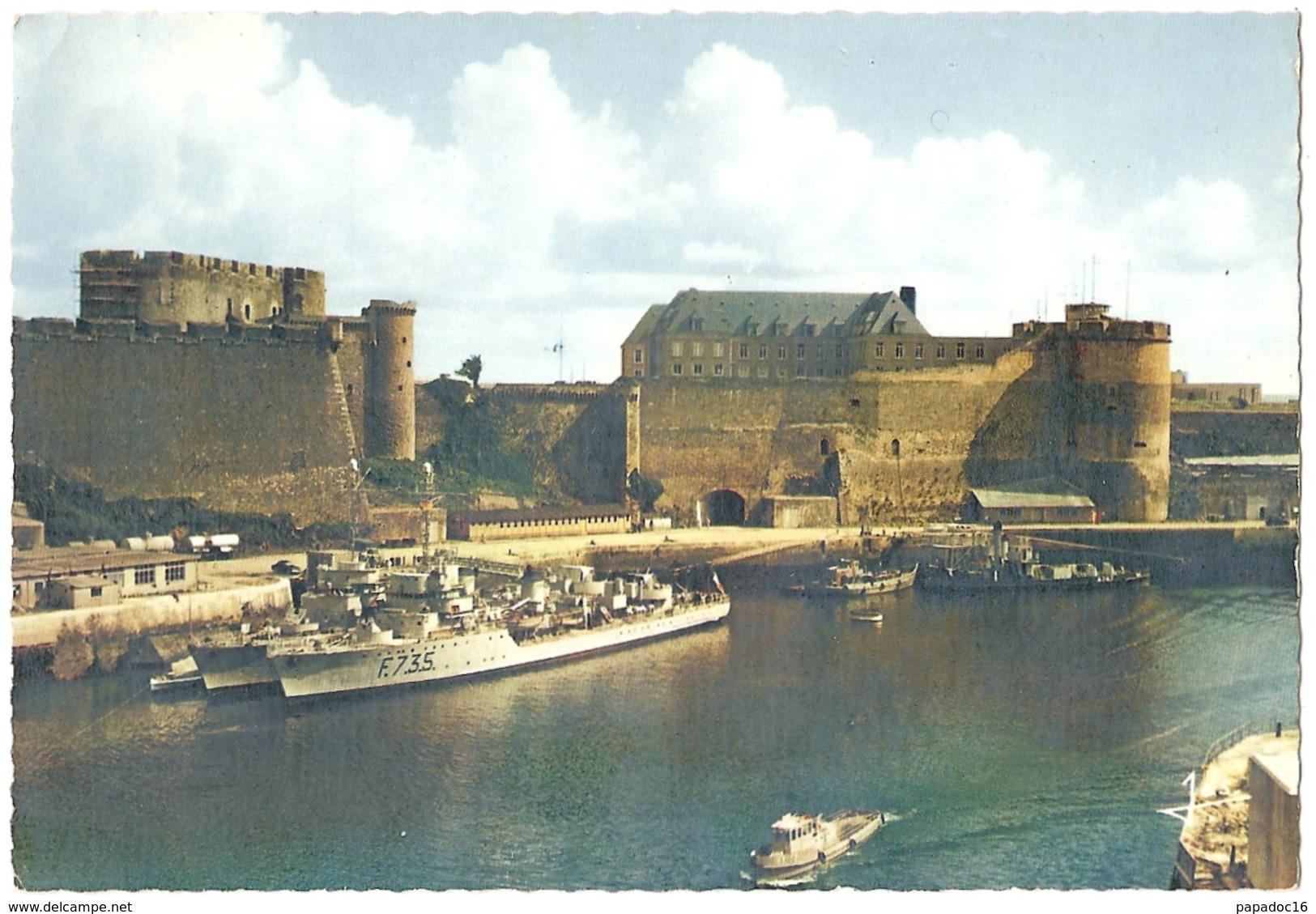 """29 - Brest - Le Vieux Château Du XVe Siècle Dont Les Remparts Dominent... - éd. Jos """"La Bretagne En Couleurs"""" N° MX 3025 - Brest"""