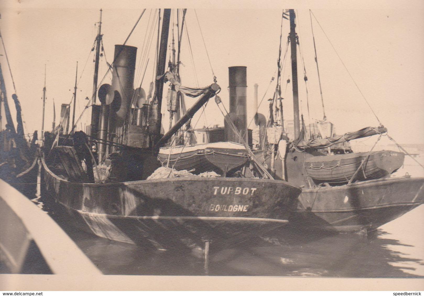 Photo Bateau -remorqueur ? TURBOT -Boulogne France 62 -lot Paul Le Cor - Loctudy- Ecole Mousses -1935? - Bateaux