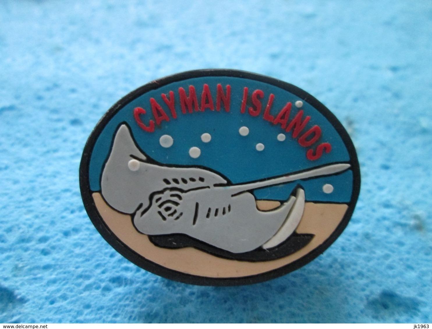 STINGRAY FISH, CAYMAN ISLANDS BADGES - Lots