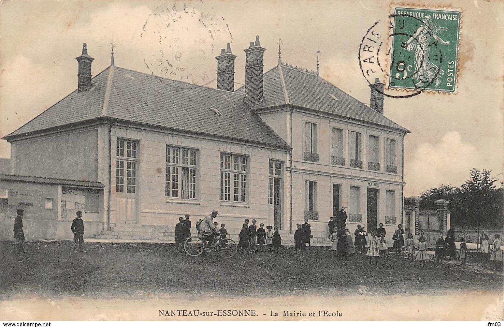Nanteau Sur Essonne Canton La Chapelle La Reine Mairie école - France