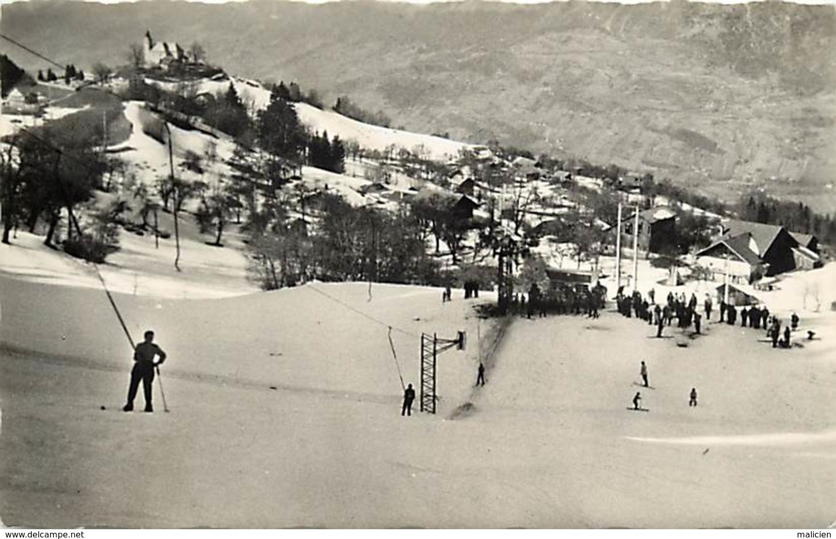 -dpts Div-ref-AK165- Haute Savoie - Mont Saxonnex - Téléski Des Combes - Téléskis - Skieurs - Ski - Sports D Hiver - - Otros Municipios