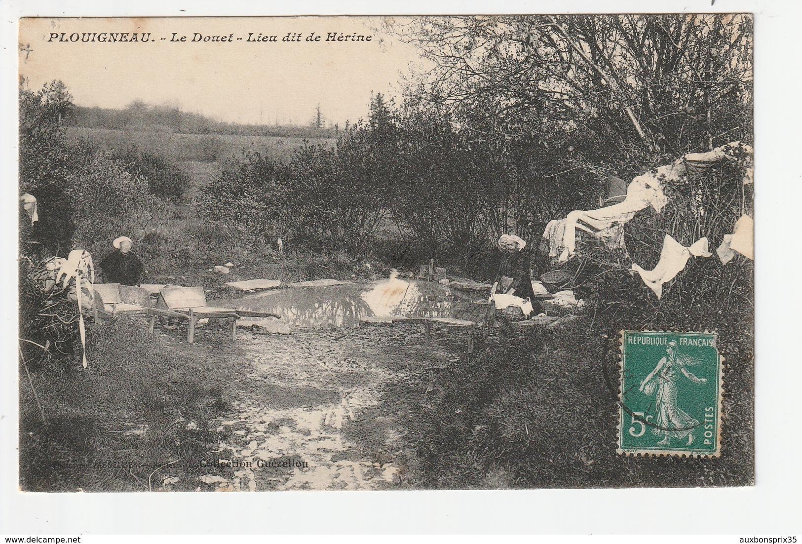 PLOUIGNEAU - LE DOUET - LIEU DIT DE HERINE - LAVOIR - 29 - France