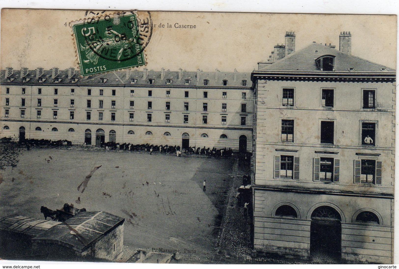 Sedan Cour De La Caserne - Sedan