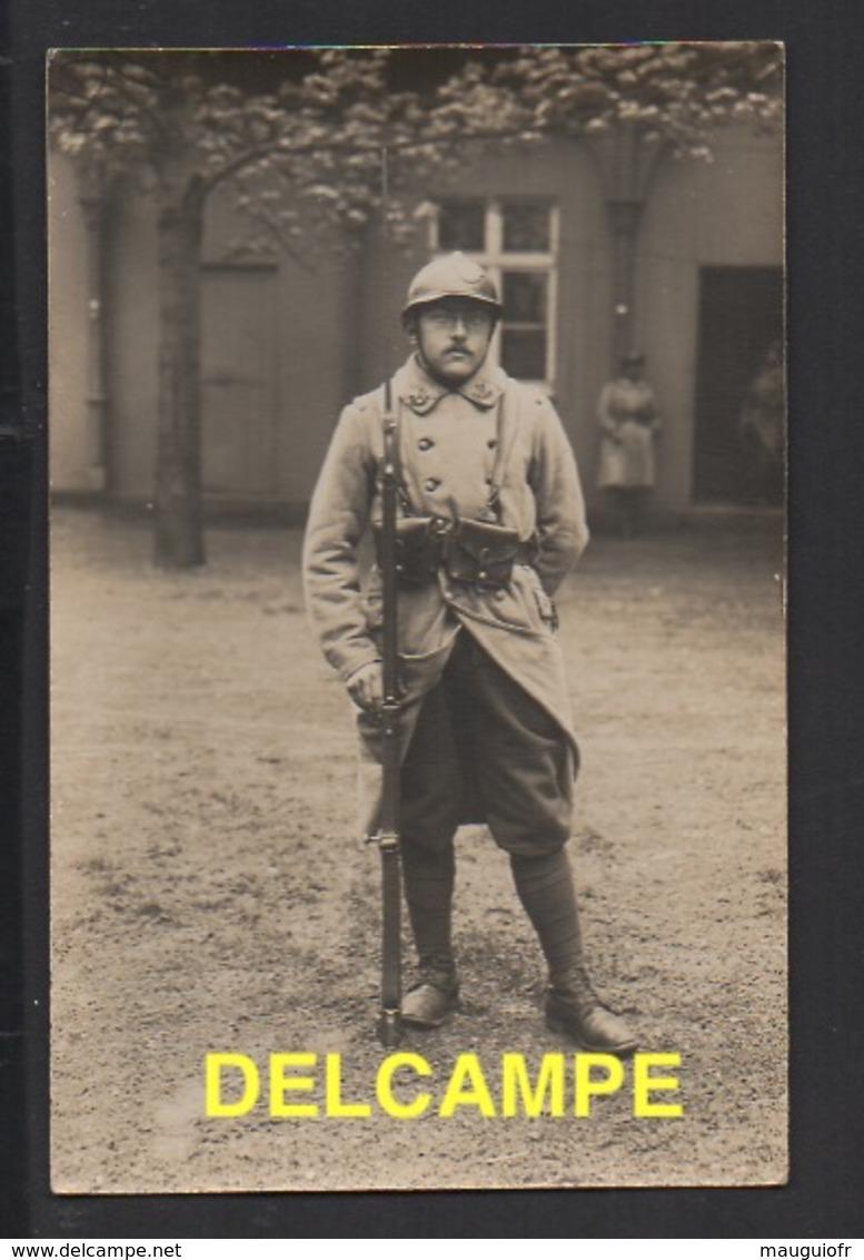 DF / MILITARIA / RÉGIMENT À DÉTERMINER / SUR LE COL CHIFFRE 11 ET COR DE CHASSE - Regiments