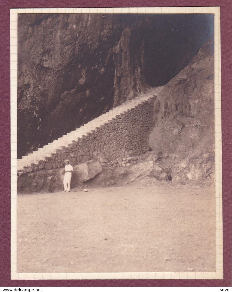 MAJORQUE  Escalier Entrée Grotte D'ARTA 1930 Photo Amateur Format Environ 7,5 Cm X 5,5 Cm - Lieux