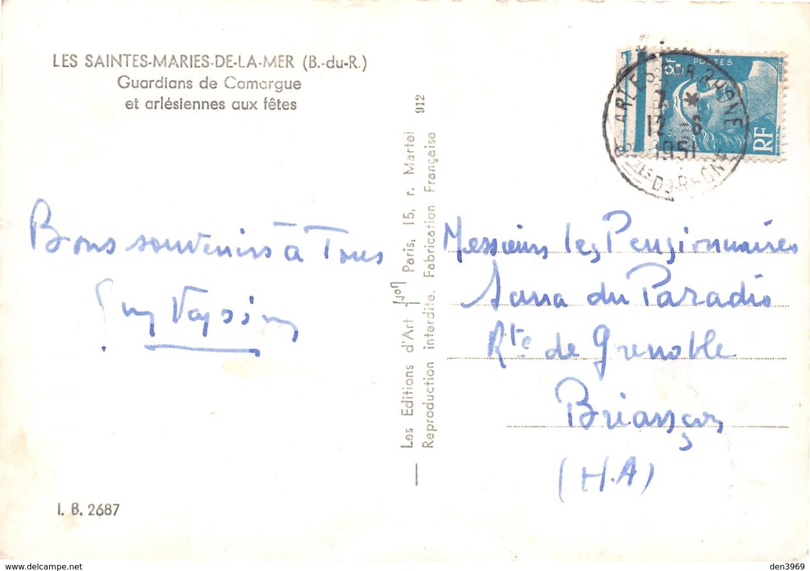 Les SAINTES-MARIES-de-la-MER - Guardians De Camargue Et Arlésiennes Aux Fêtes - Chevaux - Saintes Maries De La Mer