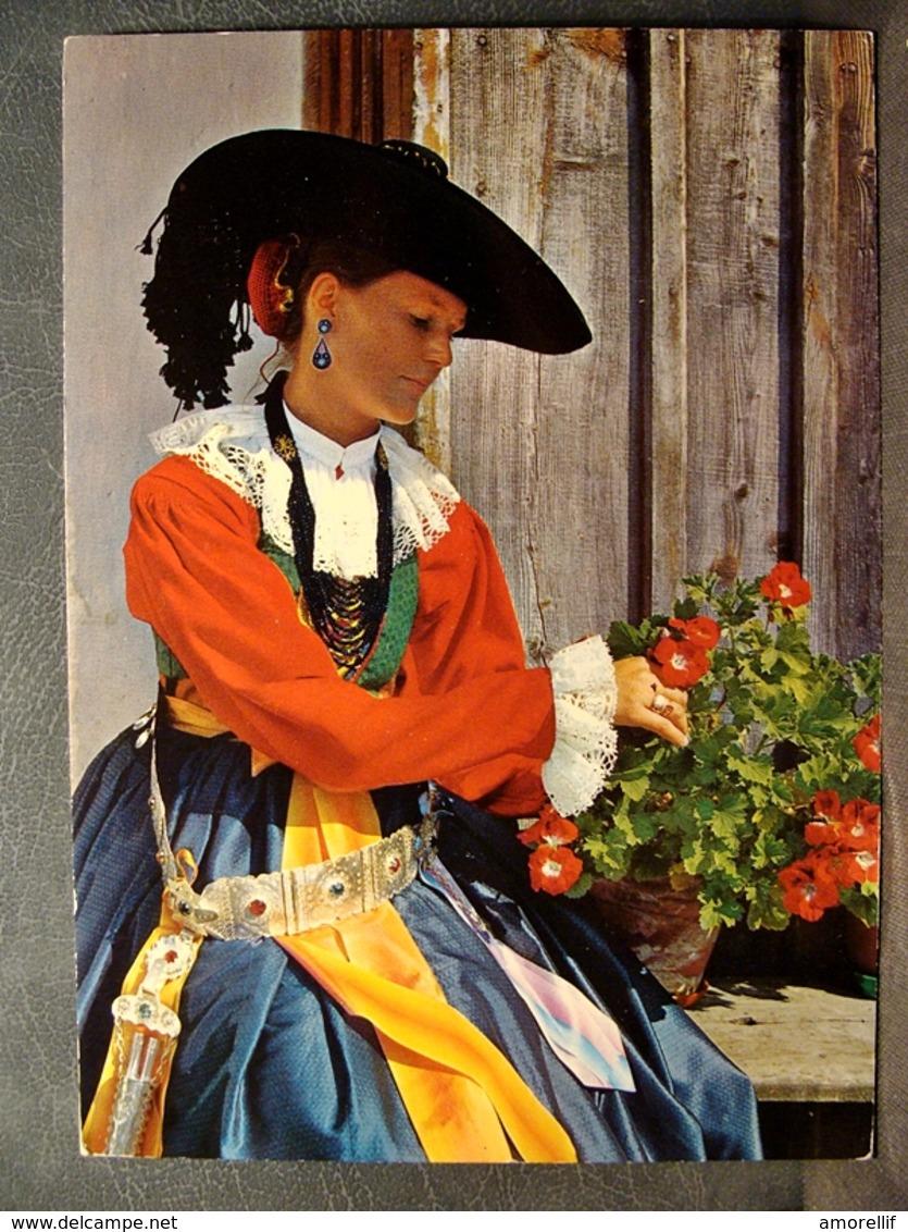 (FG.O55) VAL GARDENA - CARATTERISTICI COSTUMI TIPICI LOCALI (NV) Animata - Costumi