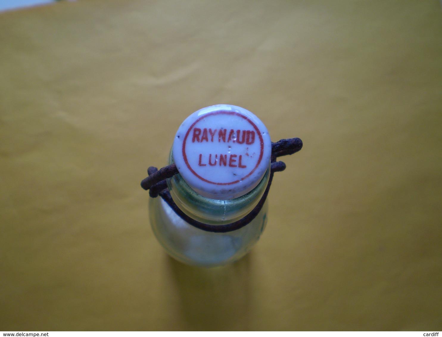 """RAYNAUD Lunel, Bouteille Bouchon Porcelaine; """"Bouteille à Rendre"""" Verre à Bulles. Hauteur 24 Cms - Autres Collections"""