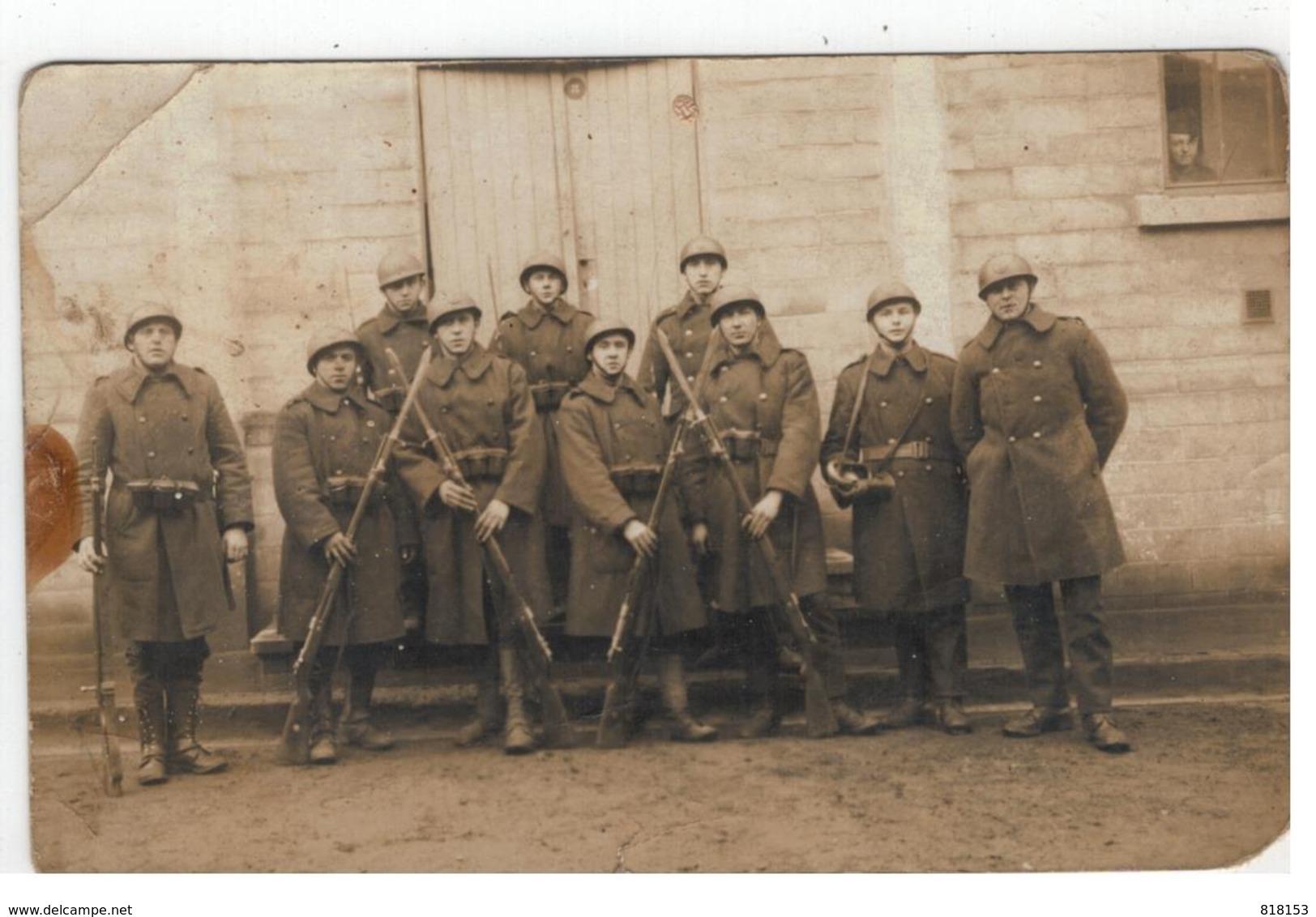 Soldaten : Met Soldaat(en) Uit Temse? Te Identificeren;uit Album Met Foto's Van Temse - Personnages